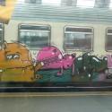 thumbs train graffitti 03