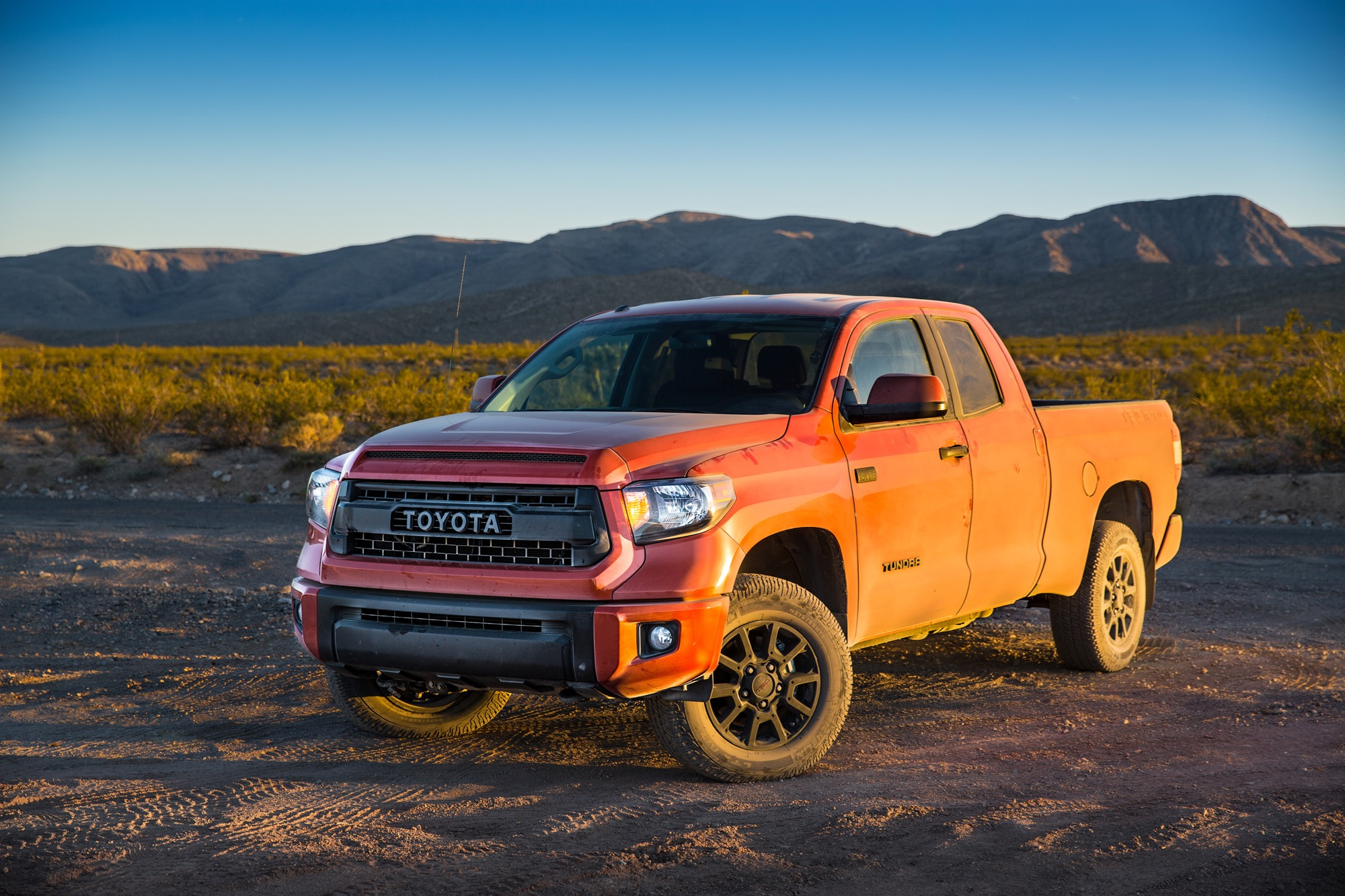 2016 toyota tundra trd pro review. Black Bedroom Furniture Sets. Home Design Ideas