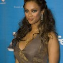 thumbs tyrabanks 44