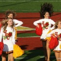 thumbs usc song girls 2009 rose bowl 03