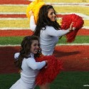 thumbs usc song girls 2009 rose bowl 05
