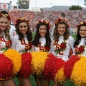 thumbs usc song girls rose bowl 003