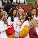 thumbs usc song girls rose bowl 005