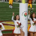thumbs usc song girls rose bowl 007