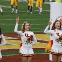 thumbs usc song girls rose bowl 016