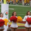 thumbs usc song girls rose bowl 022