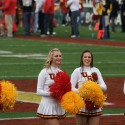 thumbs usc song girls rose bowl 023