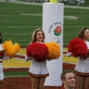 thumbs usc song girls rose bowl 024