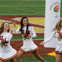 thumbs usc song girls rose bowl 028