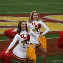 thumbs usc song girls rose bowl 035