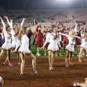 thumbs usc song girls rose bowl 052