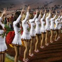 thumbs usc song girls rose bowl 053