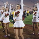 thumbs usc song girls rose bowl 065