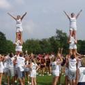 thumbs villanova cheerleaders 14