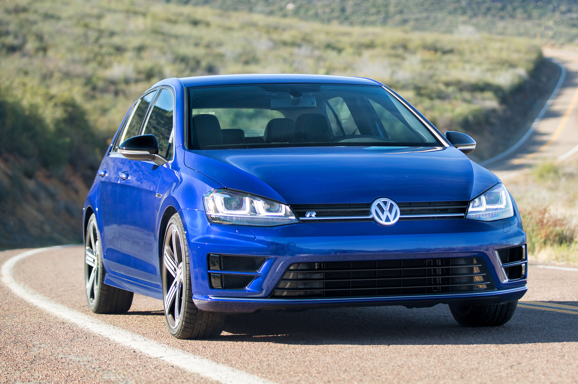 2015 volkswagen golf r review. Black Bedroom Furniture Sets. Home Design Ideas