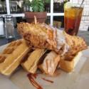 chicken-and-waffs