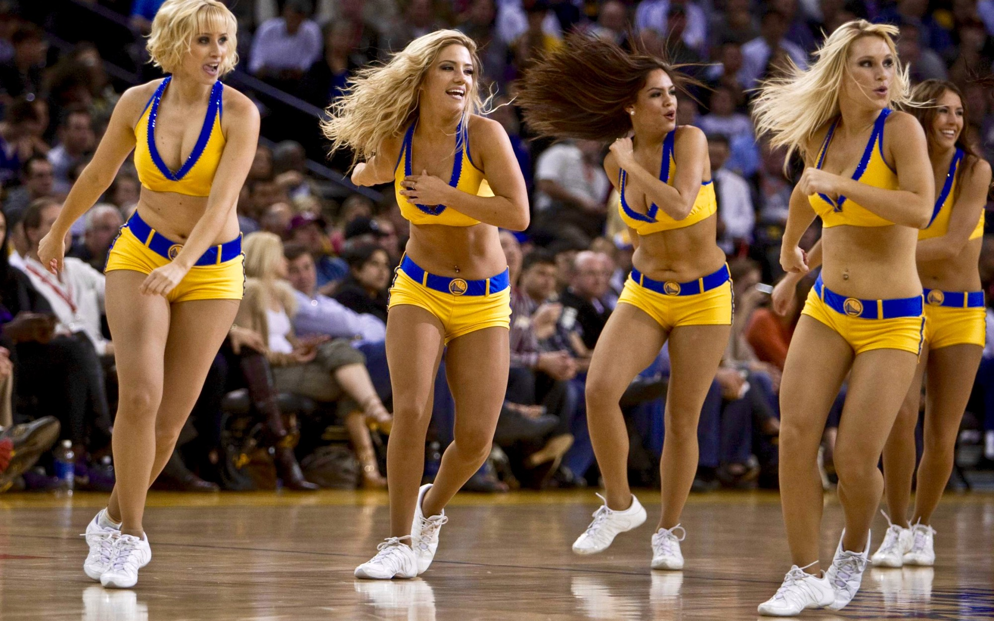 a9294cd3f Top 15 Hottest NBA Dance Teams