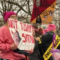 thumbs womens march washington 21